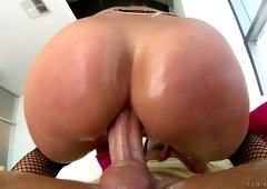 Blond bitch Candice Dare gets her anus rimmed and fucked