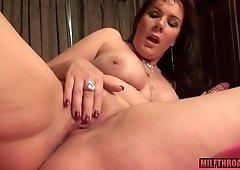 Naughty mommy lovemaking with money shot