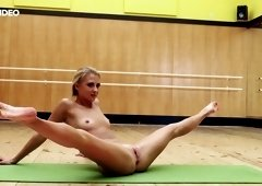 Sorry, Gymnast girl showing pussy something