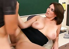 Curvy brunette mommy Charlie James nailed by Jarod Diamond in classroom