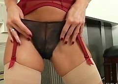 Fetching carroty Veronica Avluv is having an anal sex