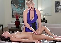 Emily Willis and Ryan Keely like to massage one another's cunts
