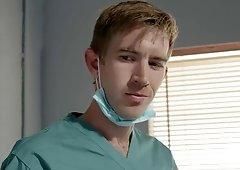Doctor Sahara Knite handles a huge dick in the emergency room