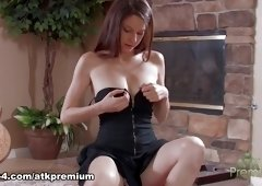 Exotic pornstar Rilee Marks in Fabulous Solo Girl, Redhead adult video