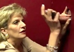 Adulterous british mature lady sonia displays her big tittie