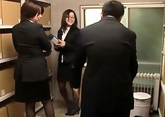 Hot businesswoman gets perverted on the job and rides weenie