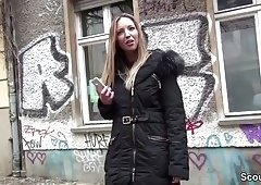 German Scout - Kim Davis (25) in Berlin zum Fick ueberredet