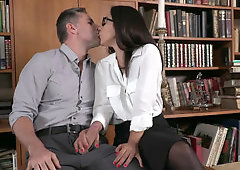 Modest librarian double penetrated by two hung strangers