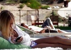 Babes.com - POOLSIDE STORY - Nicole Aniston