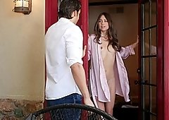 Skinny babe Riley Reid takes care of a friend's hard dick
