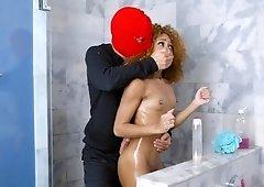 Ebony wife Kendall Woods fucked burglar in the shower