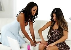 Two charming Latinas Veronica Rodriguez and Vienna Black