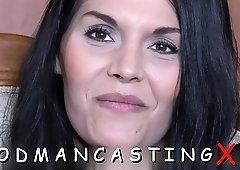 Ravishing Brunette Lady on Webcam Fondles Brutal Pecker