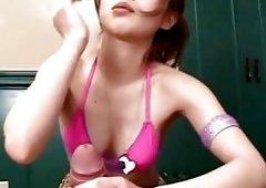 Hikaru Hozuki Asian doll gives a hot