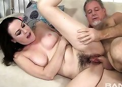 Lewd nympho Veronica Snow has no problem having sex with an old fart
