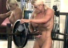 Female Bodybuilder Melissa Dettwiller Gets Naked in the Gym