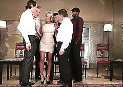 Curvaceous big breasted blonde MILF Rachele Richey is ready for gangbang
