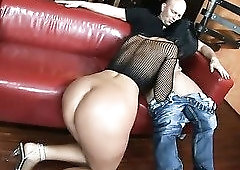 Just really gifted black haired slut Simone Style is totally into topping fat dick