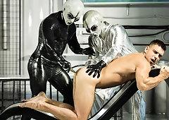 Alien Abduction Porn Stories - Alien Gay Porn Video